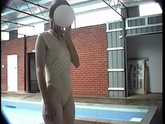 A skinny girl and her cameltoe.mp4 Thumb